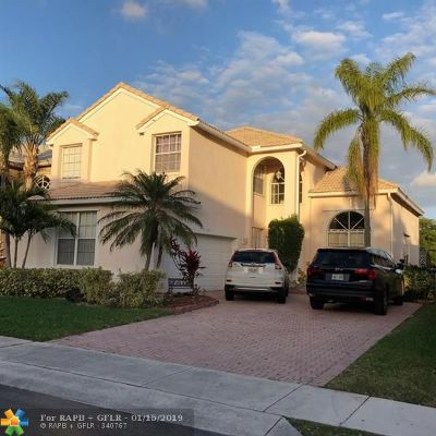 Margate Single Family Home For Sale: 3460 Greenview Ter