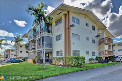North Miami Beach Condo/Townhouse For Sale: 17090 NE 14th Ave #115