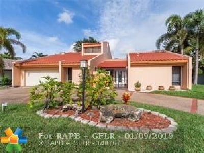 Tamarac Single Family Home For Sale: 4813 Banyan Ln