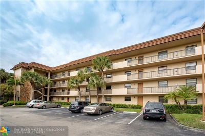 Tamarac Condo/Townhouse For Sale: 4975 E Sabal Palm Blvd #308