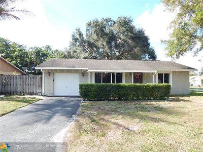 Boca Raton Single Family Home For Sale: 18422 Spanish Isles Pl