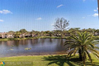 Boca Raton Condo/Townhouse For Sale: 9283 Vista Del Lago #37-H