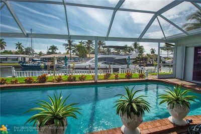Pompano Beach Single Family Home For Sale: 2700 NE 5th St