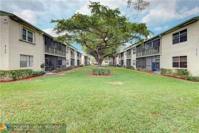 Coral Springs Condo/Townhouse For Sale: 4144 NW 90th Ave #206
