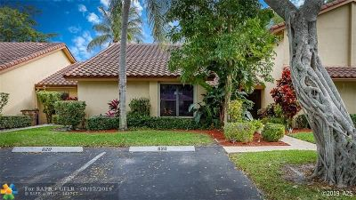 Deerfield Beach Condo/Townhouse For Sale: 620 Edgewater Dr #620