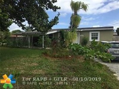 Pompano Beach Single Family Home For Sale: 2170 NE 2nd Ter