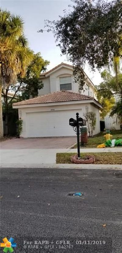 Miramar Single Family Home For Sale: 14892 SW 18th St