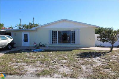 Pompano Beach Single Family Home For Sale: 2700 NE 3rd Ave