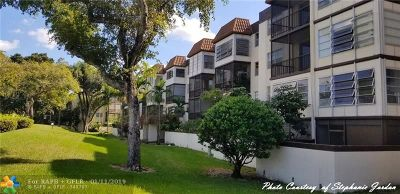Plantation Condo/Townhouse For Sale: 7100 NW 17th St #210