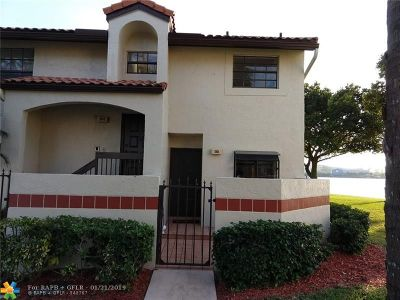 Deerfield Beach Condo/Townhouse For Sale: 501 Republic Ct #501