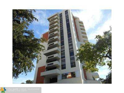 Coral Gables Condo/Townhouse For Sale: 911 E Ponce De Leon Blvd #702