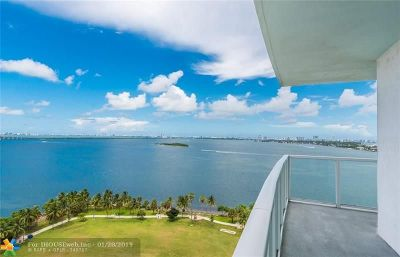 Miami Condo/Townhouse For Sale: 1900 N Bayshore Dr #1402