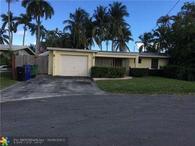 Lauderdale Isles Single Family Home For Sale: 2678 Key Largo Lane
