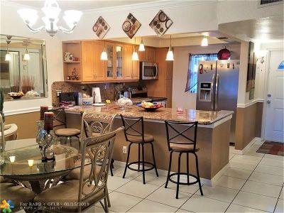 Tamarac Condo/Townhouse For Sale: 8310 Sands Point Blvd #L-108