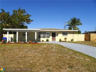Pompano Beach Single Family Home For Sale: 141 NW 19th St
