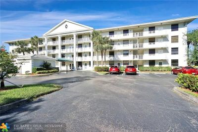 Davie Condo/Townhouse For Sale: 1532 Whitehall Dr #401