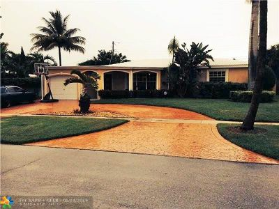 Boca Raton Single Family Home For Sale: 2250 NE 4th Ct