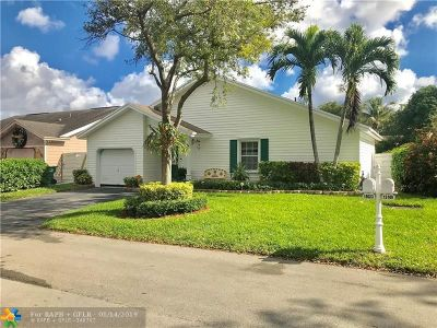 Miami Single Family Home For Sale: 15023 SW 141st Pl