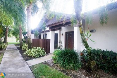 Coconut Creek Condo/Townhouse For Sale: 2564 N Carambola Cir N #1851