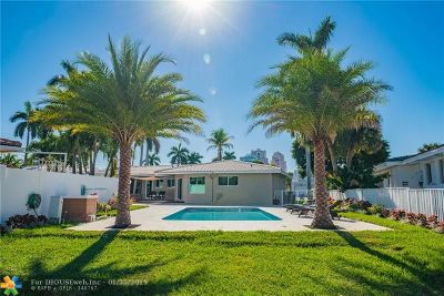 Dolphin Isles Single Family Home For Sale: 3115 NE 27th St
