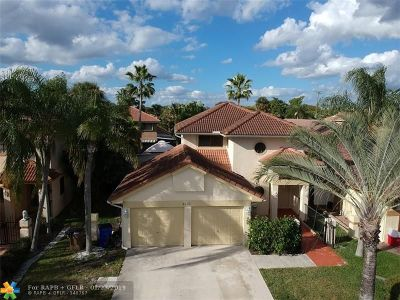 Deerfield Beach Single Family Home For Sale: 4131 NW 5th Dr