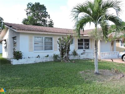 Tamarac Single Family Home For Sale: 5713 NW 70th Ter