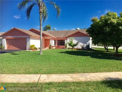 Sunrise Single Family Home For Sale: 9837 NW 42nd Ct