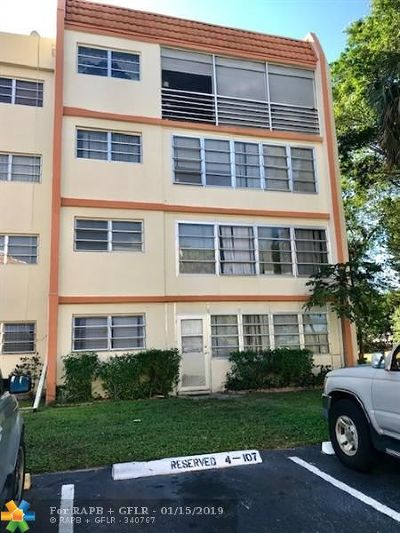 Lauderhill Condo/Townhouse For Sale: 2401 NW 41st Ave #207