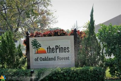 Oakland Park Condo/Townhouse For Sale: 2800 S Oakland Forest Dr #2001