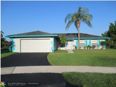 Davie Single Family Home For Sale: 12920 SW 13th Mnr