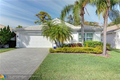 Boca Raton Single Family Home For Sale: 22765 Royal Crown Ter