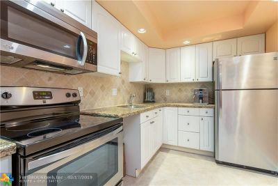 Deerfield Beach Condo/Townhouse For Sale: 1428 SE 4th Ave #232