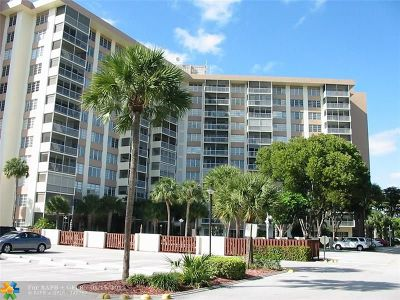 Coral Springs Condo/Townhouse For Sale: 10777 W Sample Rd #215