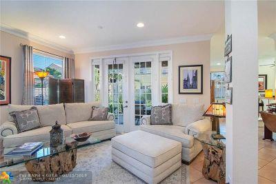 Weston Single Family Home For Sale: 562 Carrington Ln
