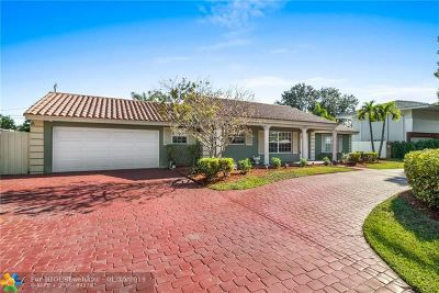 Fort Lauderdale, Lauderdale By The Sea, Lighthouse Point, Oakland Park, Pompano Beach Single Family Home For Sale: 4504 NE 21st Ln