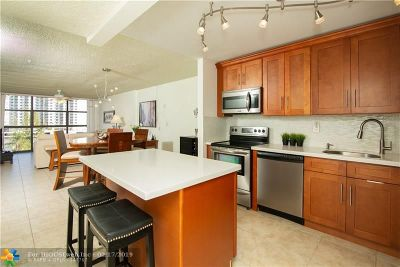 Hallandale Condo/Townhouse For Sale: 600 Parkview Dr #506
