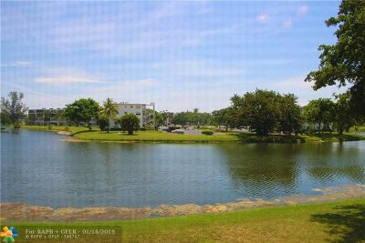 Deerfield Beach Condo/Townhouse For Sale: 2017 Durham A #2017