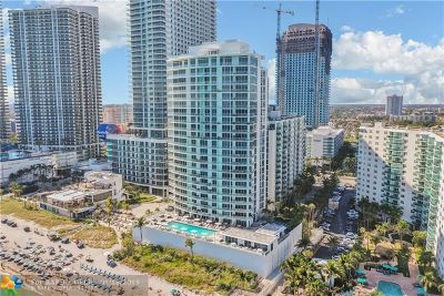 Hollywood Condo/Townhouse For Sale: 4001 S Ocean Dr #16M