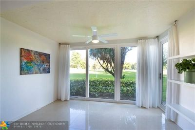 Pompano Beach Condo/Townhouse For Sale: 3351 S Palm Aire Dr #105