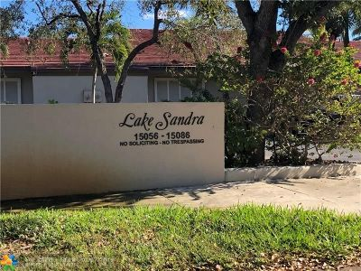 Miami Single Family Home For Sale: 15056 Rednock Ln