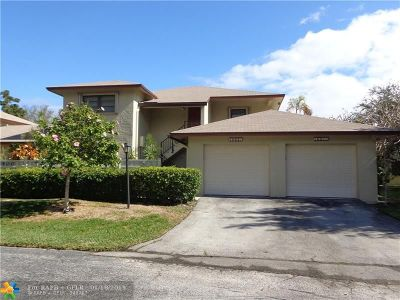 Pompano Beach FL Condo/Townhouse For Sale: $189,000