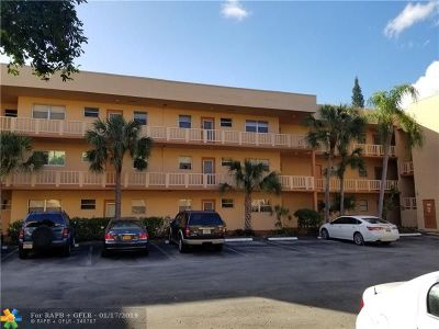 Tamarac Condo/Townhouse For Sale: 8400 Lagos De Campo Blvd #104