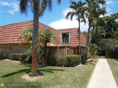 Deerfield Beach Condo/Townhouse For Sale: 2694 SW 15th St #2694