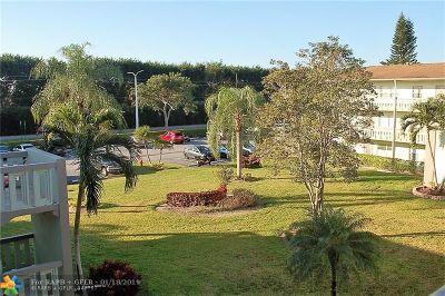 Boca Raton Condo/Townhouse For Sale: 206 Dorset #206