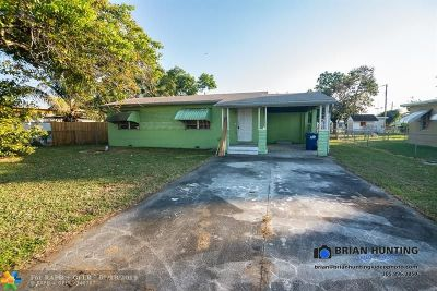 Miami Single Family Home For Sale: 660 S Biscayne River Dr