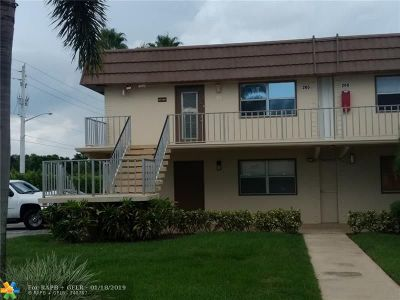 Delray Beach FL Condo/Townhouse For Sale: $60,000