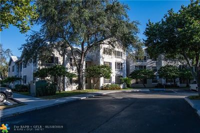 Oakland Park Condo/Townhouse For Sale: 2880 N Oakland Forest Dr #209