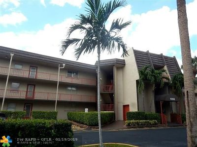 Tamarac Condo/Townhouse For Sale: 9360 Lime Bay Blvd #201