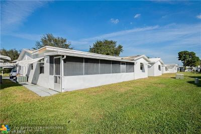 Plantation Single Family Home For Sale: 8960 NW 12th Place