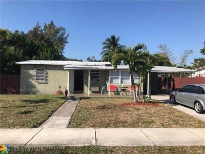 Pompano Beach FL Single Family Home For Sale: $199,000